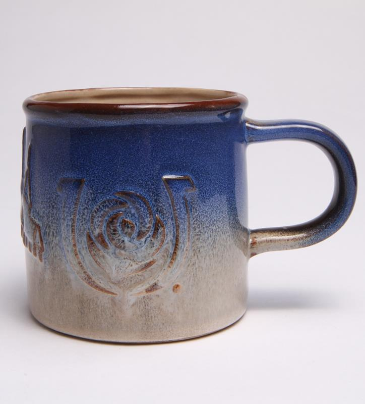 Kentucky Derby Embossed Pottery Mug,MUGMT-HORSES WITH TS